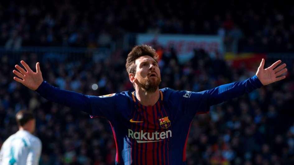 Messi cerró el año a puro récord