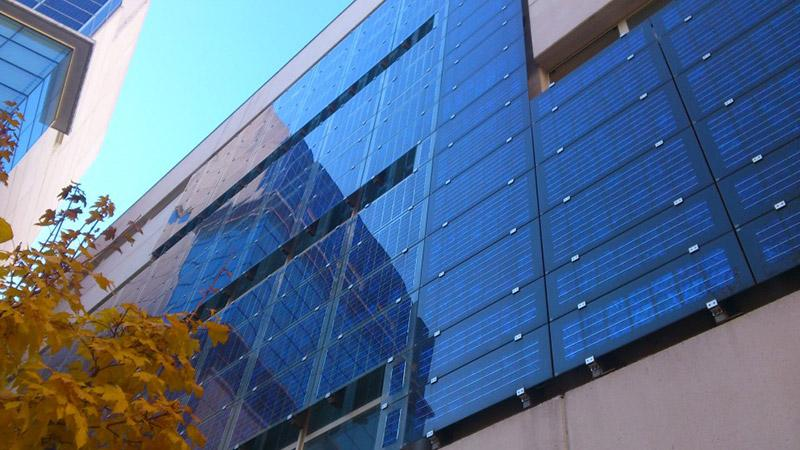 Fachadas solares: los edificios inteligentes le suman diseño a la eficiencia energética