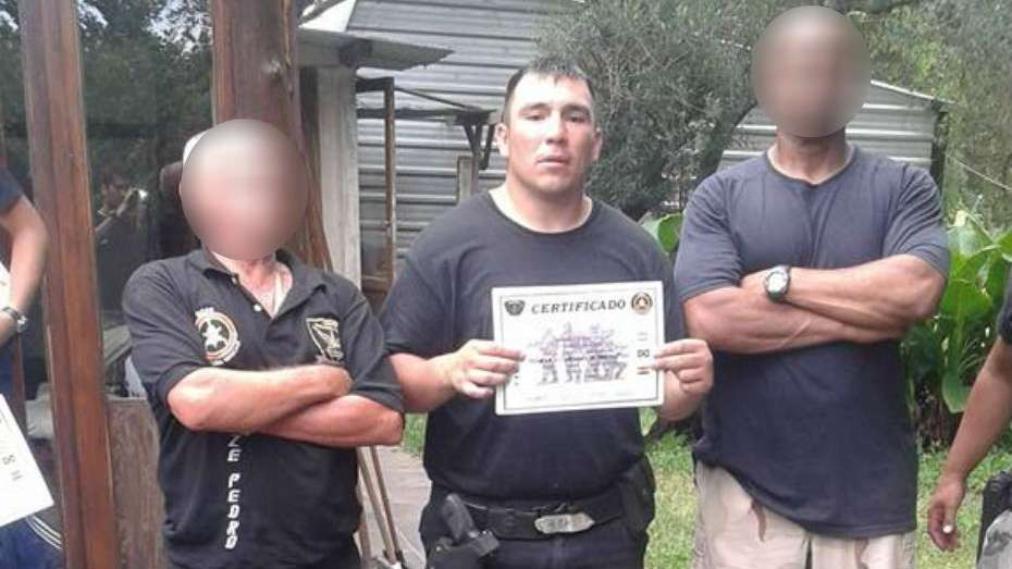 Un agente penitenciario generó una masacre con su arma reglamentaria — Quíntuple asesinato