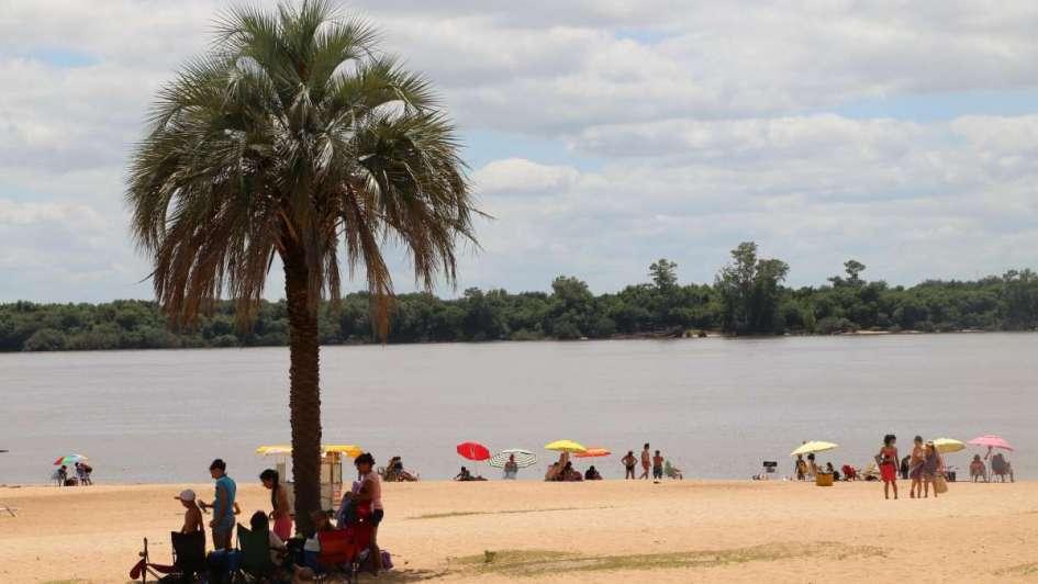 Colón: río, termas y diversión