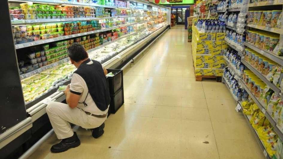 Cayeron 8% las ventas en supermercados y advierten retracción en el consumo