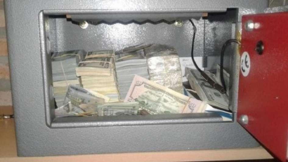 Encuentran casi 4 millones de dólares en cajas fuertes del sindicalista Balcedo