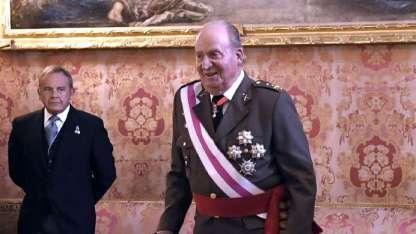 El abdicado Juan Carlos volvió a aparecer.