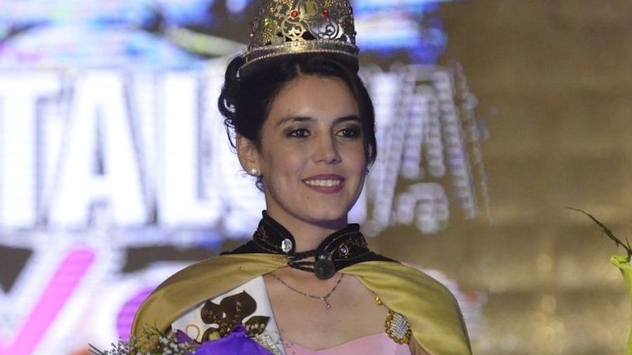 Karen Lucero es la nueva Reina de Santa Rosa
