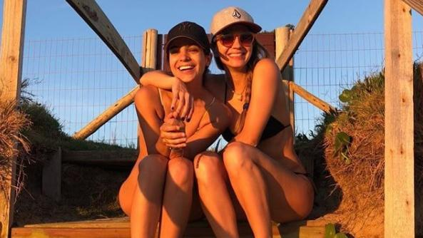 Kloosterboer y Agustina Cherri en bikini: amigas hace 20 años