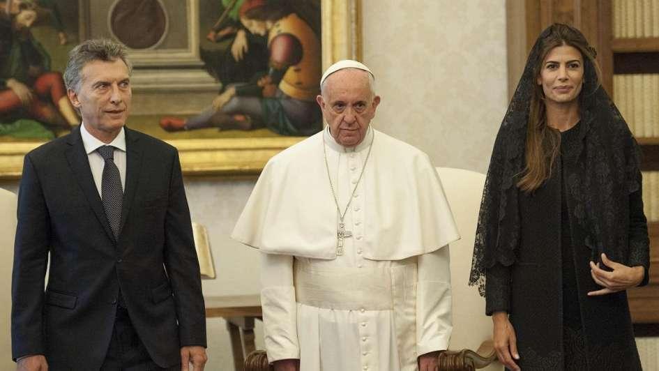"""""""Grieta papal"""", cuando la política interfiere en la religión"""