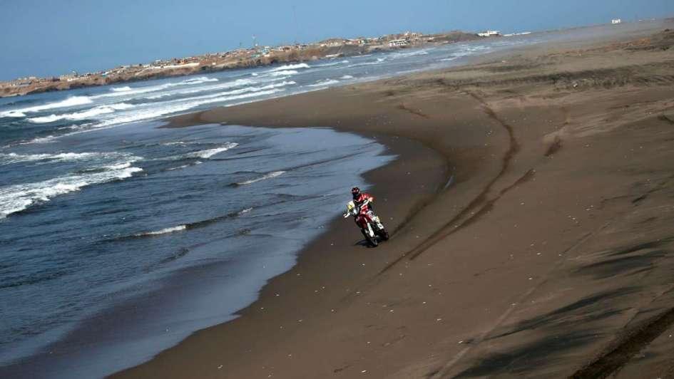 Dakar: el argentino Benavídez está segundo y el mendocino Caimi cayó al 38° lugar
