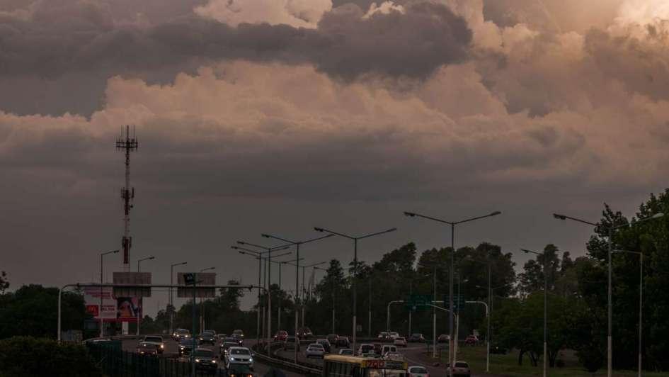 Alertan por fuertes tormentas con granizo en Mendoza