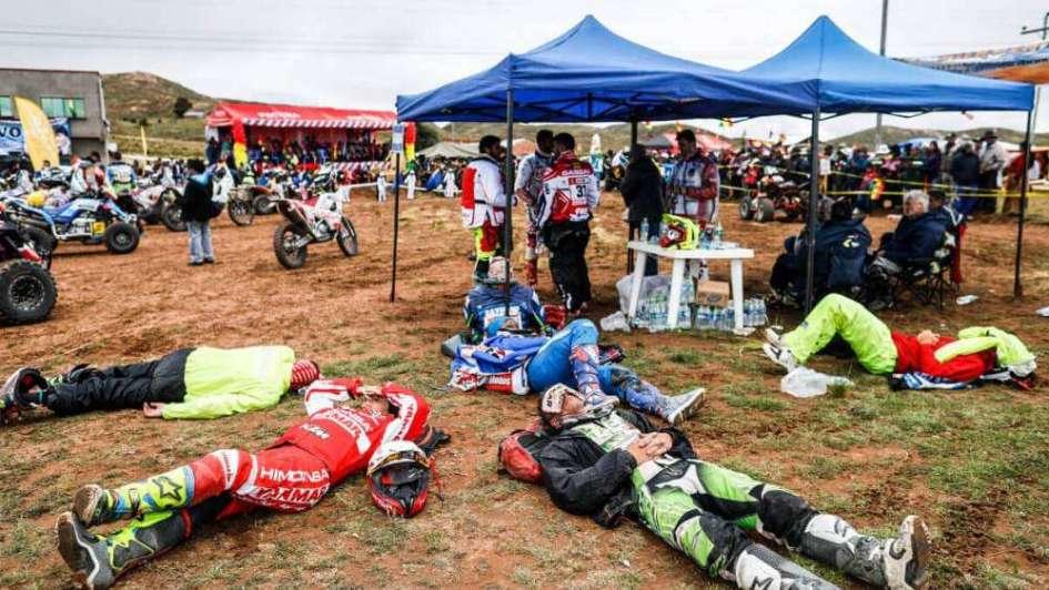 El Dakar en doce historias en videos