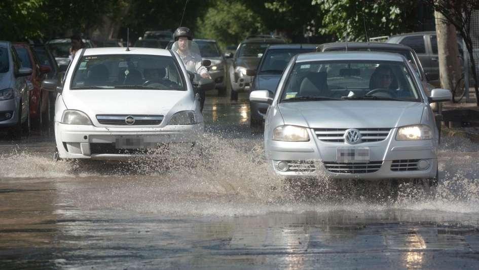 Anticipan un sábado lluvioso con marcado descenso de la temperatura