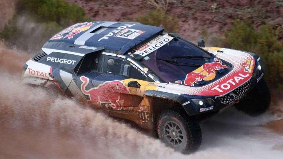 Dakar: el español Sainz lidera en autos y hubo novedades con las motos