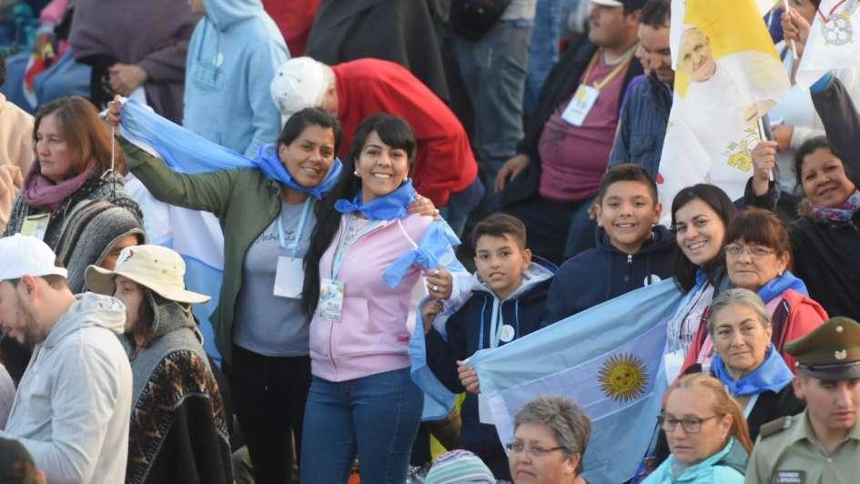 Papa pide perdón por abusos sexuales de curas católicos en Chile