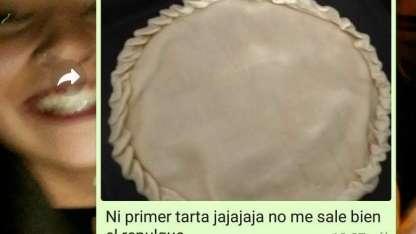 Cocinó su primera tarta, se la mostró a su papá por WhatsApp y la historia se hizo viral