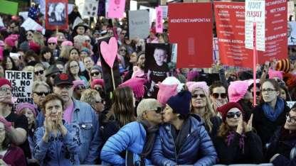 En Los Ángeles, agrupaciones LGBT pidieron igualdad de derechos y castigo a los violentos