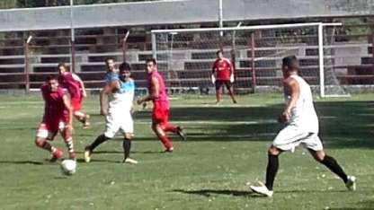 En el duelo preparatorio, se impuso Deportivo Argentino.