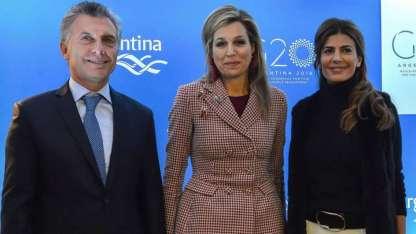 Mauricio Macrri junto a Máxima, la Reina de Holanda y la primera dama argentina Juliana Awada