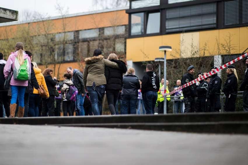 Adolescente mató a compañero de colegio por mirar