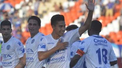 Pol Fernández envió el centro para el gol en contra de Mauro Matos.
