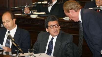 Sergio Moralejo (centro), actual titular del FTyC.