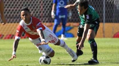 El delantero internacional, Lucas Barrios, vuelve a su casa, La Paternal.