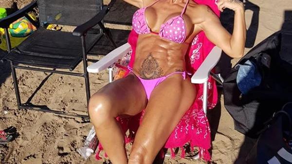 Mónica Farro en bikini: el detalle que impactó a todos