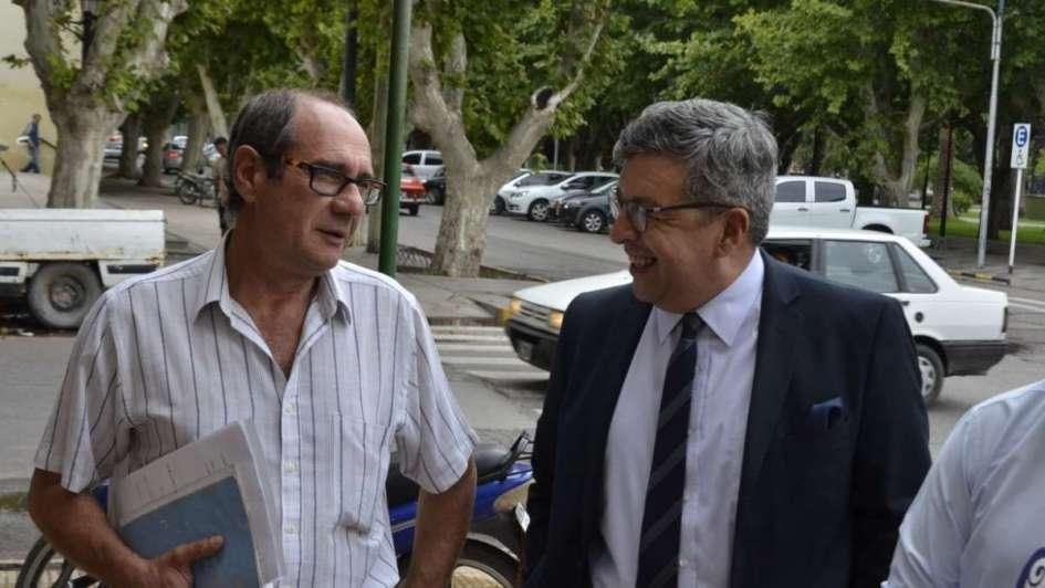 El acusado de abusar de las niñas de 12 años cambió de abogado y no va a declarar