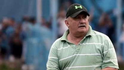 Ayer, Carlos César Sperdutti cumplió años. Sus jugadores, le prometieron un triunfo.
