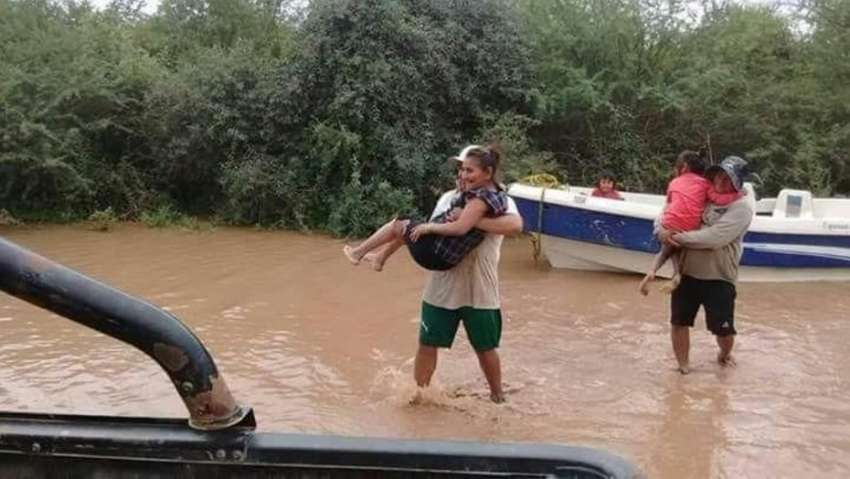 Los impactantes videos de las inundaciones por la crecida del Pilcoma