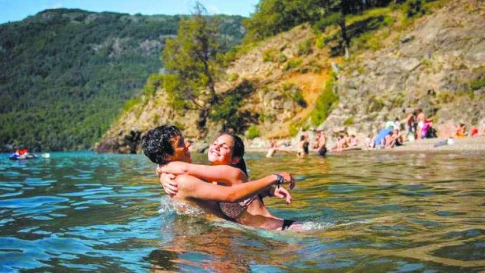 Arenas a orillas del Lácar para paladear el verano