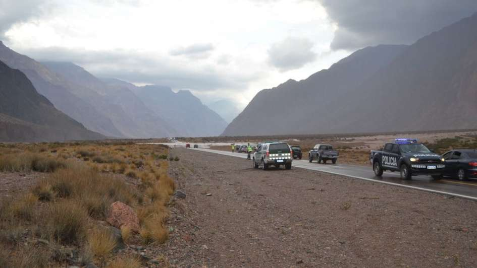 Tras el alud que afectó a la ruta 7, habilitaron el paso a Chile