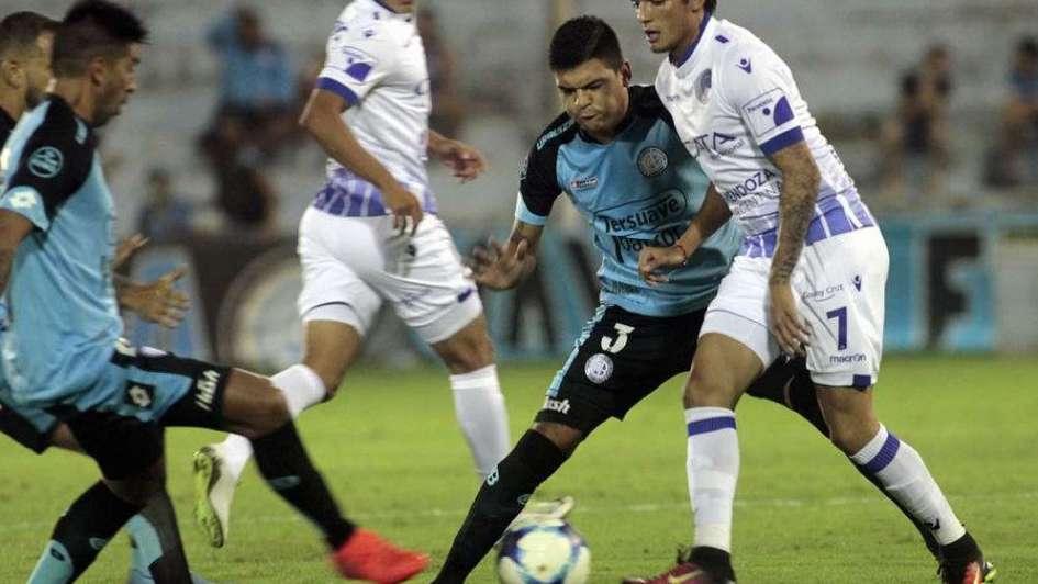 Se ponen al día en Mendoza — Superliga
