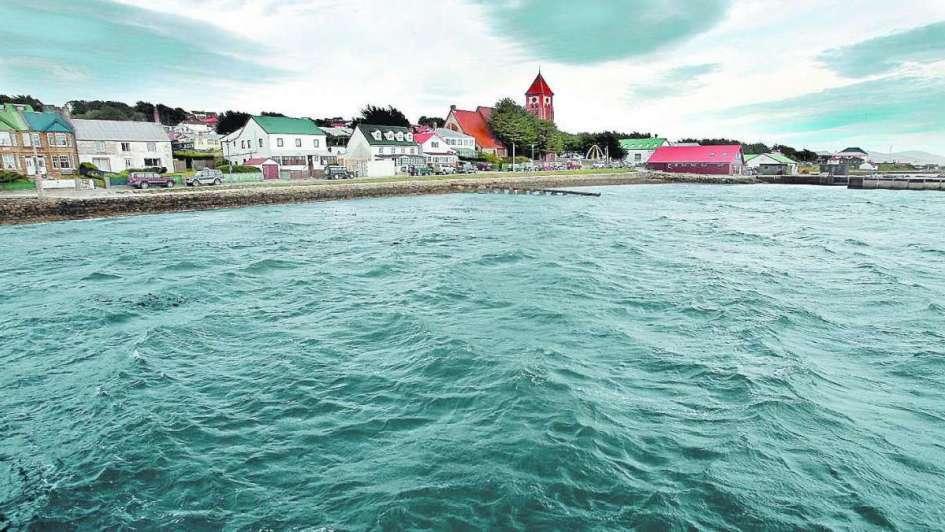 Desconfianza y antiargentinismo en las Islas Malvinas -  Jorge Lidio Viñuela