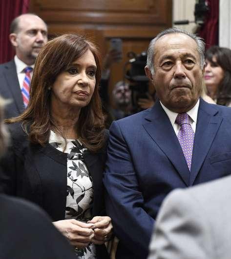 Rodríguez Saá renunció al interbloque federal del Senado