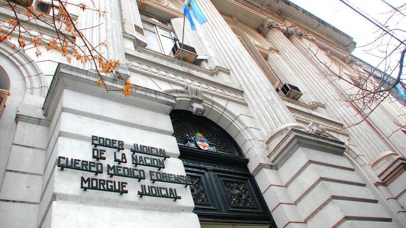 Según peritos, Pérez Volpin sufrió lesiones en el estómago y esófago
