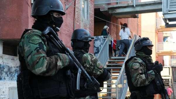 Efecto Chocobar: policía del grupo Halcón mató a adolescente por la espalda