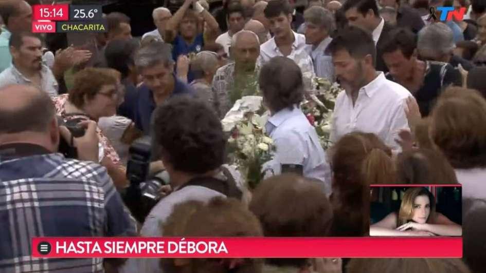 El último adiós a Débora Pérez Volpin