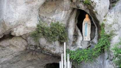 Santuario de Lourdes en Francia.