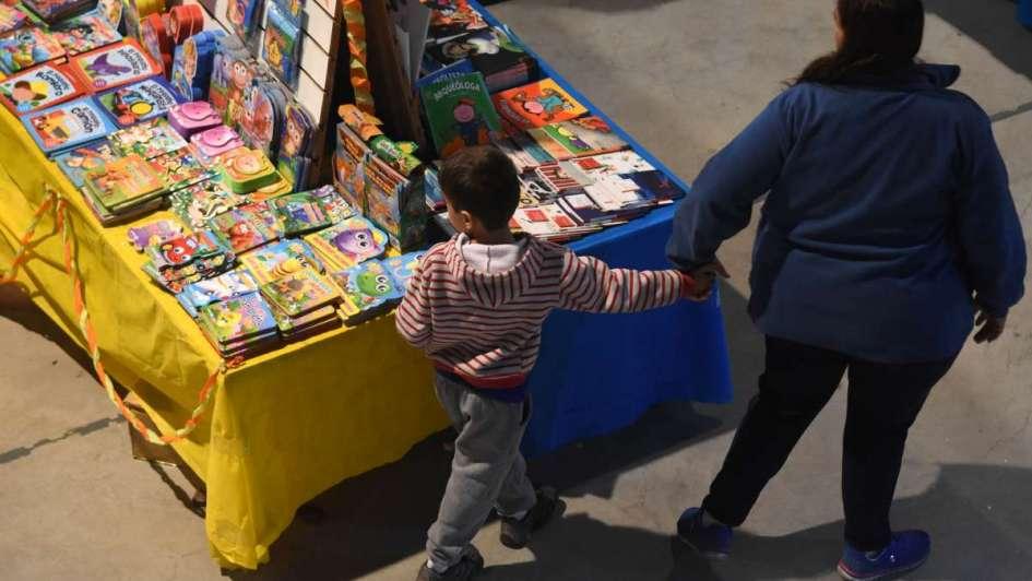 La feria de los libros huérfanos - Por Pedro Straniero