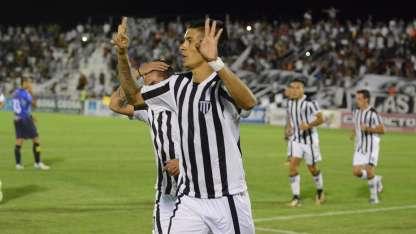 Palacios Alvarenga convirtió el segundo tanto del Lobo.