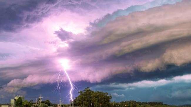 Una tormenta eléctrica azotó Australia y cayeron 265 mil rayos en una noche