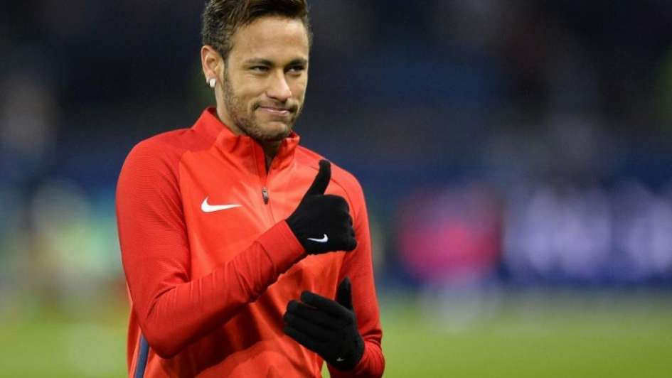 Neymar se desnudó y mostró su lomazo en Instagram