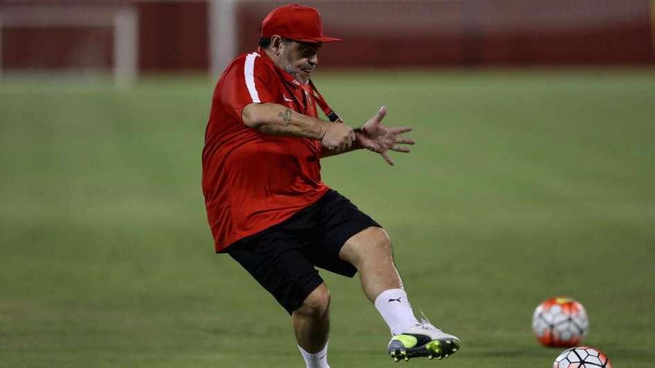 La zurda está intacta: mirá el golazo de Diego Maradona