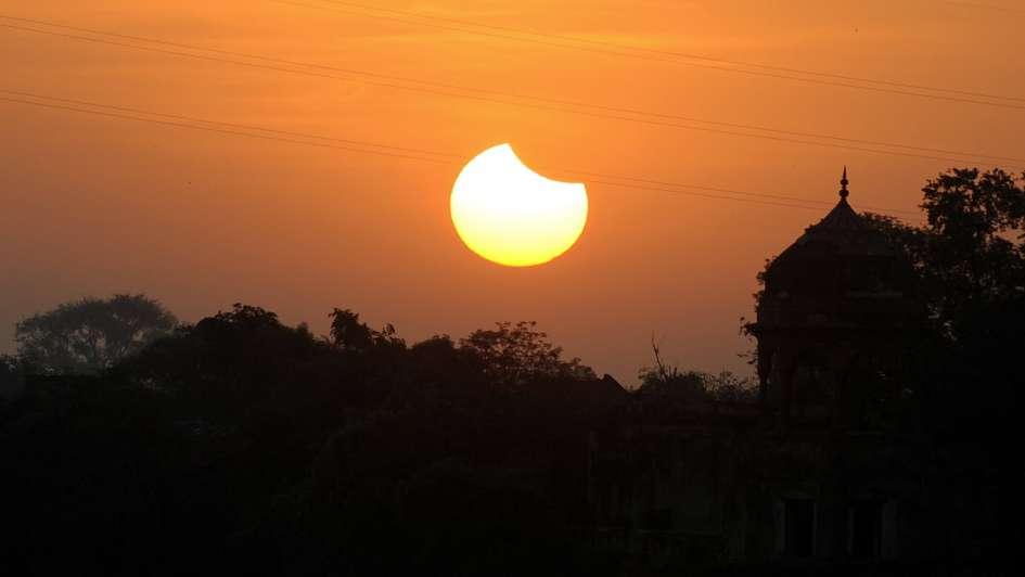 El 15 de febrero habrá eclipse solar parcial