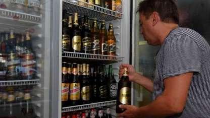 Según informe de Kantar Worldpanel, el 95% del volumen perdido por los vinos en 2017 se fue a la cerveza.