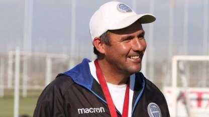 El entrenador del Tomba, Diego Dabove, realizará modificaciones para el choque de esta noche.