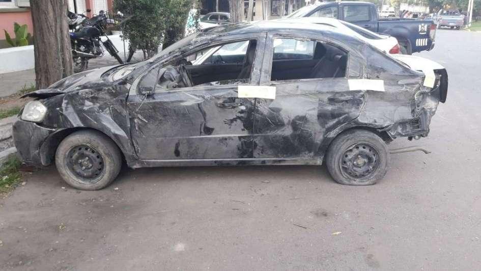 Murió un hombre tras volcar su auto Maipú