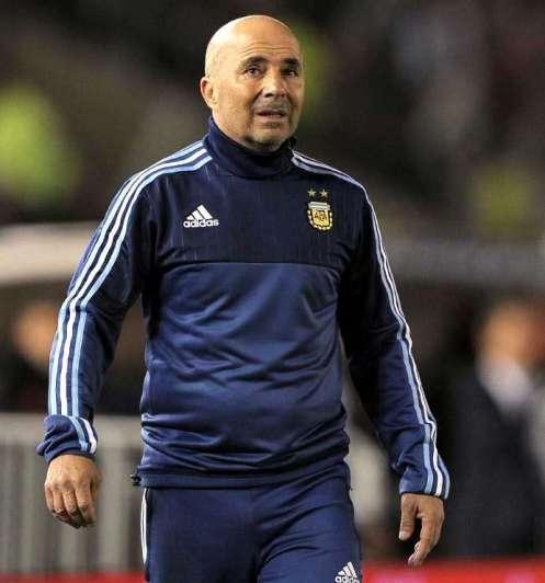 Jorge Sampaoli dio la lista del fútbol local, con dos debutantes