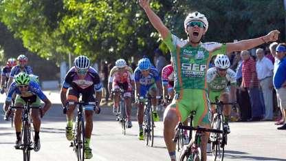El cuarto capítulo de la Vuelta finalizó en La Paz.