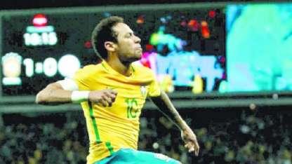 La gran figura de los brasileños, Neymar, hoy en el Paris Saint Germain de Francia.