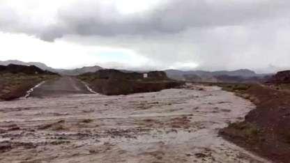 El río se desbordó y cortó la ruta 52.